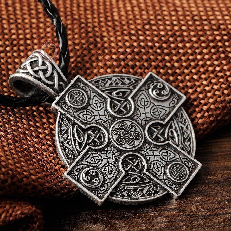 und celtic gb pendant kreuz gothic necklace halskette schwarz mit black jewelry stein anhaenger accessories costume cross keltenkreuz schwarzem with