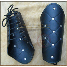 Leather braces - lattice pattern