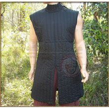 Black Sleeveless Gambeson/Aketon/ Padded Jacket